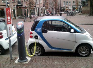 Развитие электромобилей до 2040 года