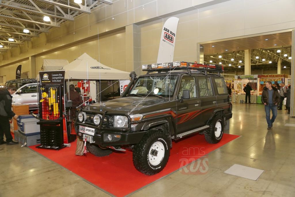 Toyota Land-Cruiser HZJ 76