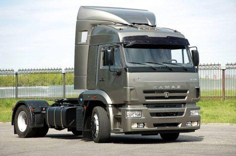 День рождения у крупнейшего в мире завода грузовиков