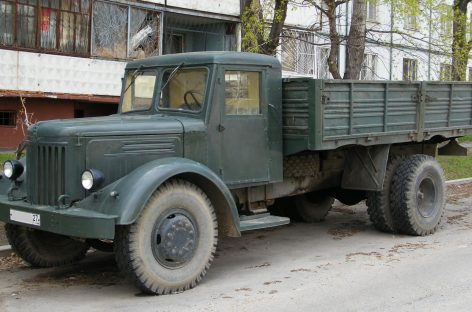 МАЗ 200 – 1951 год