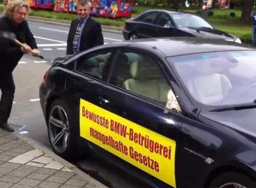 Автомобильные дилеры просят защиты от покупателей