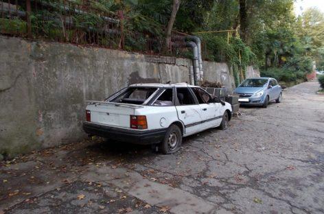 2 миллиона брошенных автомобилей