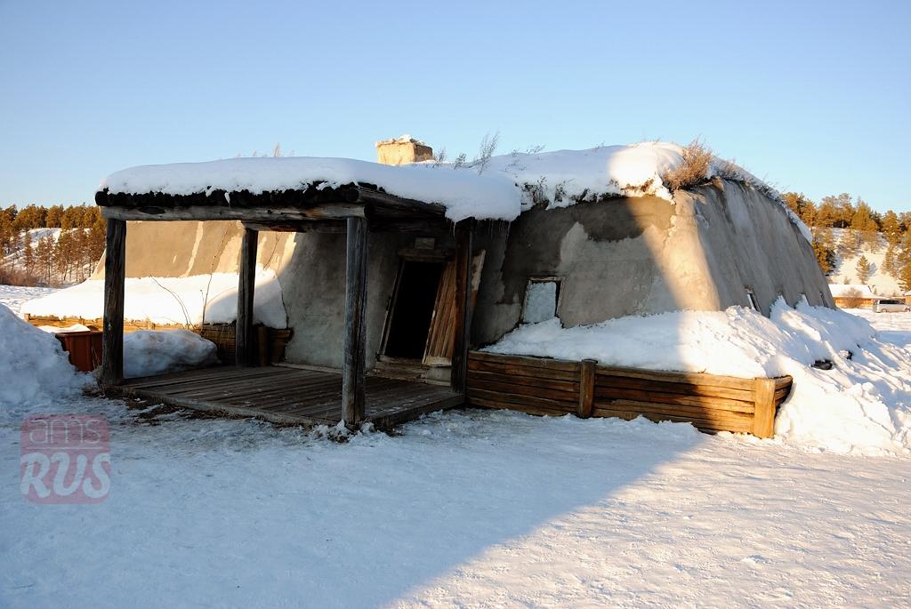 Зимний дом якута балаган
