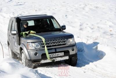 дорожного просвета Land Rover Discovery с трудом хватает даже в верхнем положении подвески