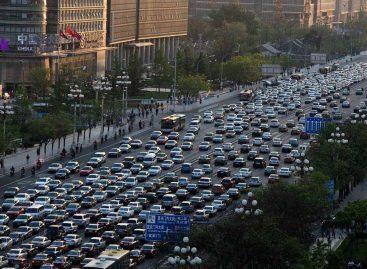 Китай запретит автомобили с двигателями внутреннего сгорания