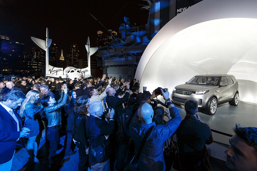 Land Rover официальный автомобиль Virgin Galactic
