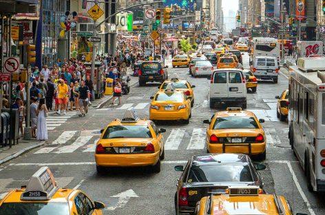 Москва догнала Нью-Йорк по количеству лицензий такси