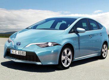 Toyota Prius становится смелее и шикарнее – всему виной 4WD