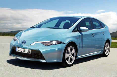 Запуск гибридной Toyota Prius четвертого поколения отложен на 6 месяцев