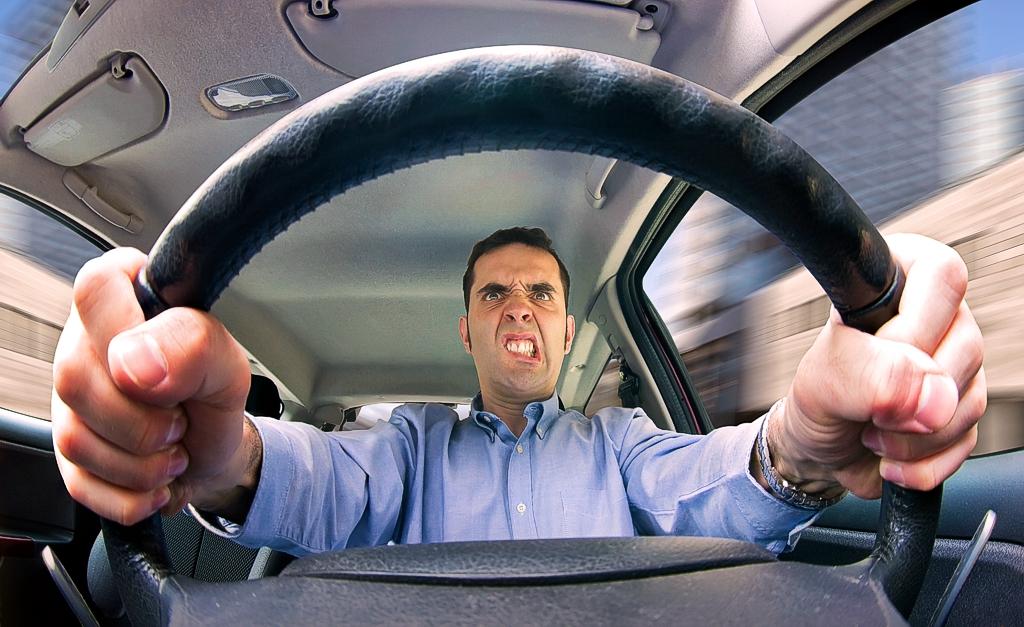 ГИБДД, возможно, будет самостоятельно наказывать за «опасное вождение»