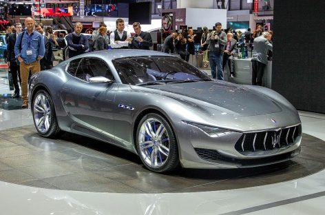 Maserati запускает спорткар Alfieri в серийное производство