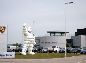 Тест новой резины от Michelin на легендарной трассе Silverstone