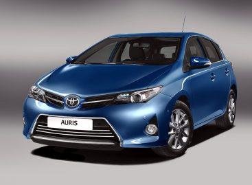Обновленная Toyota Auris поступила в продажу