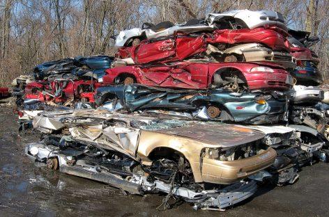 Китай утилизирует миллионы старых автомобилей