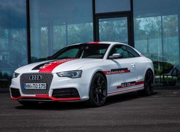 Audi представляет концепт RS5 TDI Concept с тремя компрессорами