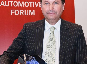 АвтоВАЗ планирует уволить около 13 000 рабочих