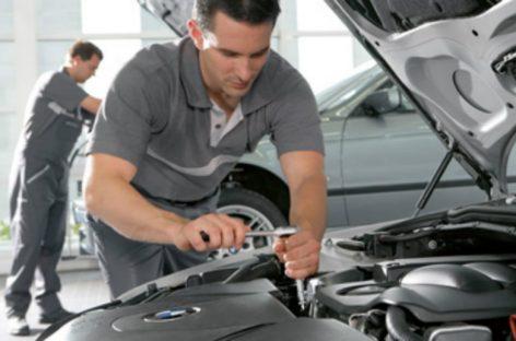 Через какой срок после покупки продают BMW, Mercedes, Audi и Mitsubishi?