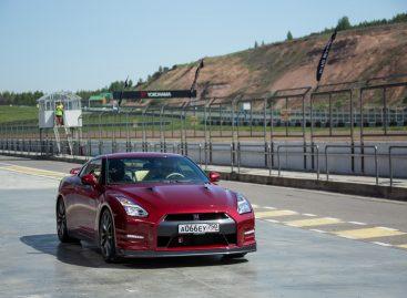 В двух словах: Обновленный Nissan GT-R