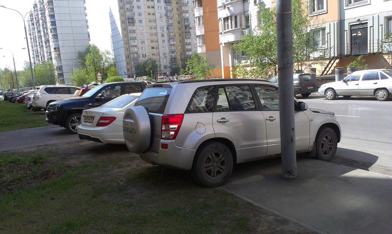 фото машин под знаком