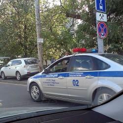 Тем, чьи машины забрали с тротуаров (это прерогатива с 28.05.14 исключительно сотрудников ГИБДД), придется по прежнему обращаться в ГИБДД за получением разрешения на возврат авто ГАИ