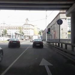 двойной светофор на пересечении 2-го Магистрального тупика и Звенигородской эстакады