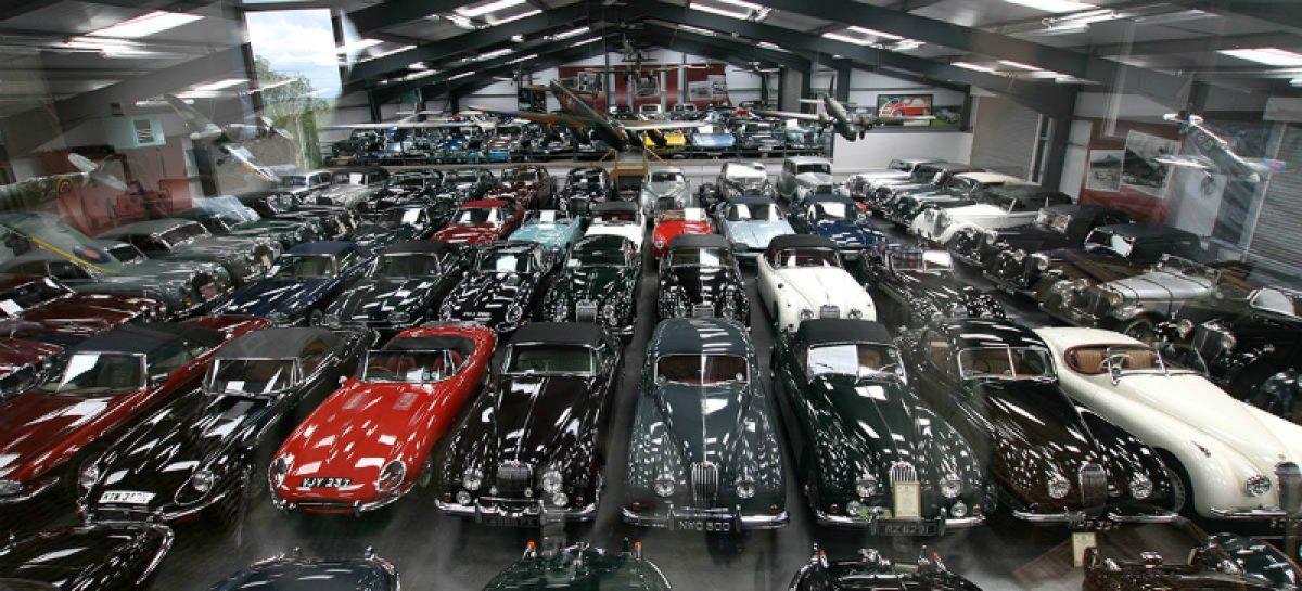 Jaguar Land Rover покупает 543 классических автомобиля