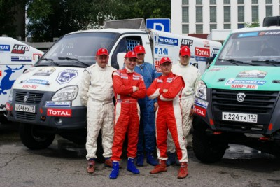 Команда Газ - За рулем - Спорт перед стартом ралли-рейда Великая степь