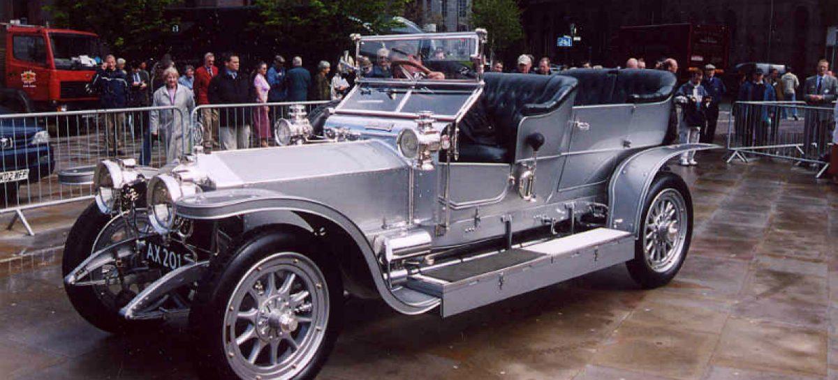 Первый серийный алюминиевый кузов появился на Rolls-Royce 40/50HP Silver Ghost