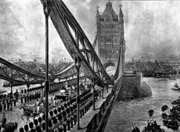 В 1894 году Тауэрский мост в Лондоне открыли для движения