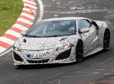 Новая Honda NSX уже проходит испытания на Нюрбургринге