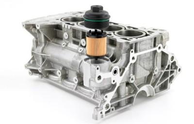 Двигатель и масляный фильтр