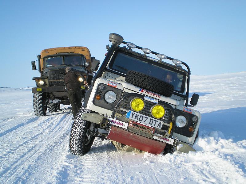 Land Rover Defender на русском севере
