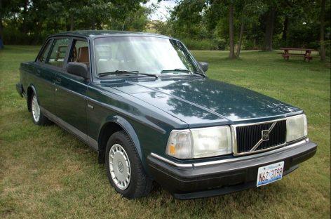 День рождения надежного Volvo 200 Series