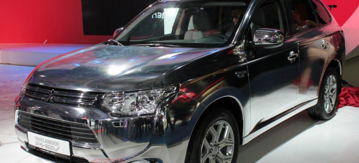 Mitsubishi Outlander PHEV с тремя моторами