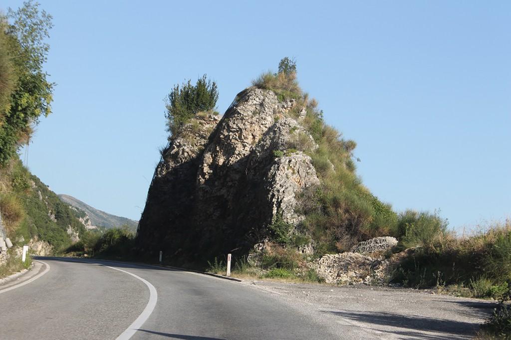 Дорога над Будванской ривьерой