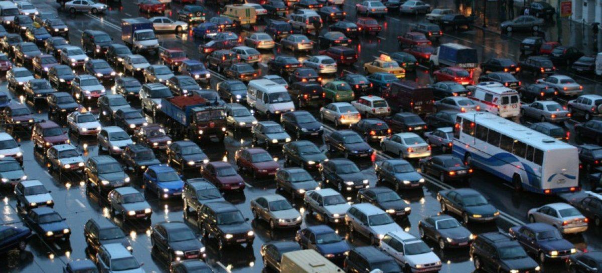 Ежедневно в Москву из области приезжает 1 300 000 человек на автомобилях