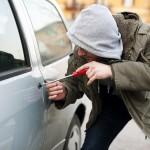 Число автомобильных краж в Москве снизилось вдвое