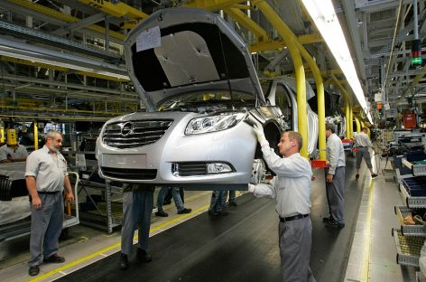 Opel сворачивает производство в России