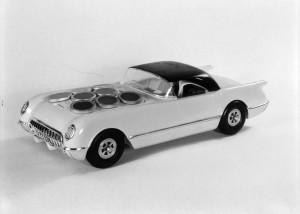 Автомобиль на солнечных батареях Sunmobile Chevrolet Corvette 1955