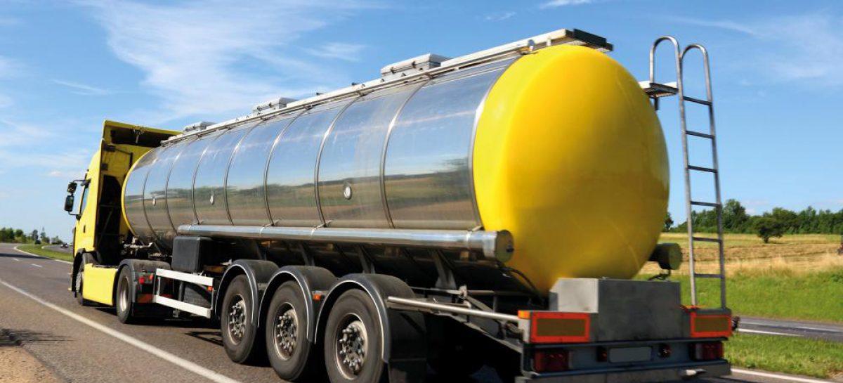 Россияне тратят на топливо полтора триллиона рублей в год