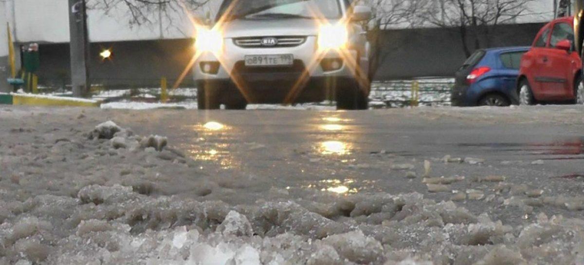 Зимой в Москве надо ездить на липучке – фрикционной резине