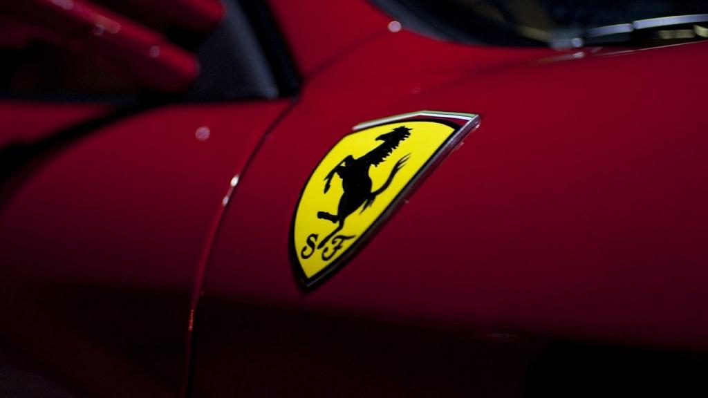 Бывший топ Philip Morris стал директором Ferrari. Маркионне не может вернутся к работе