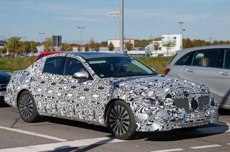 Первый взгляд на Mercedes E-Class нового поколения
