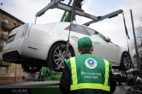 Московским властям доходы от платной парковки важнее угрозы коронавируса