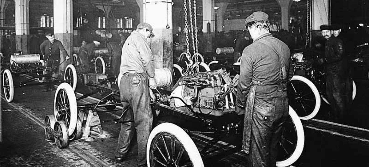 К моменту запуска конвейера по выпуску Ford T модель была в производстве уже 5 лет