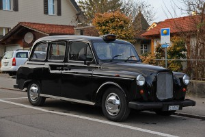 Такси в Лондоне Austin FX4