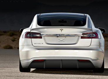 Tesla планирует создать собственный рынок подержанных автомобилей
