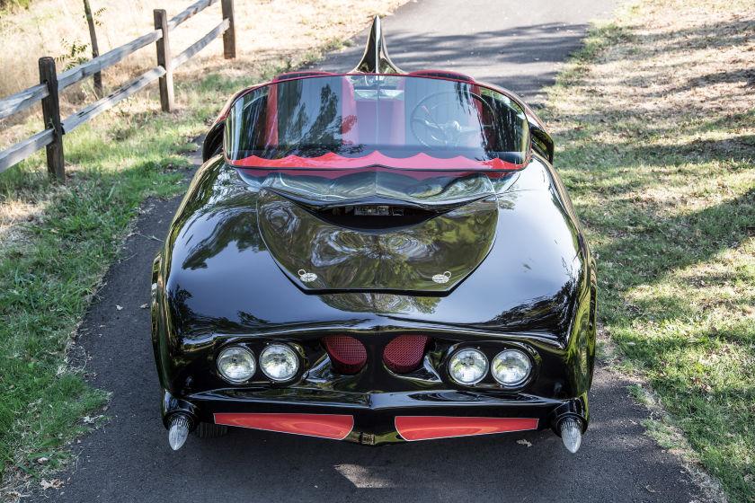 Бэтмобиль Oldsmobile 88 1956