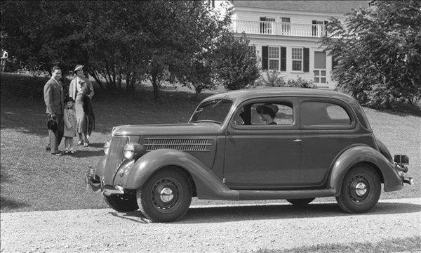 Ford 34 sedan