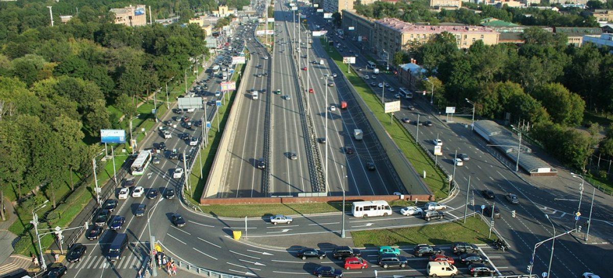 Бессветофорные магистрали — главная градостроительная ошибка, непоправимая и опасная